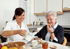 4 Reasons to choose Home Health Care instead of an Assisted Living Facility